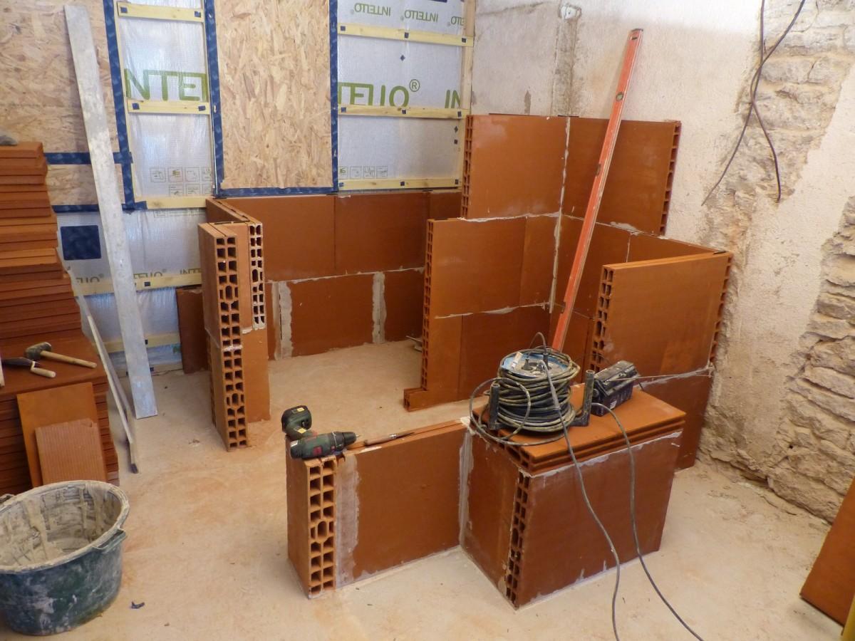 Construction d\'une salle de bain avec enduit tadelakt ...