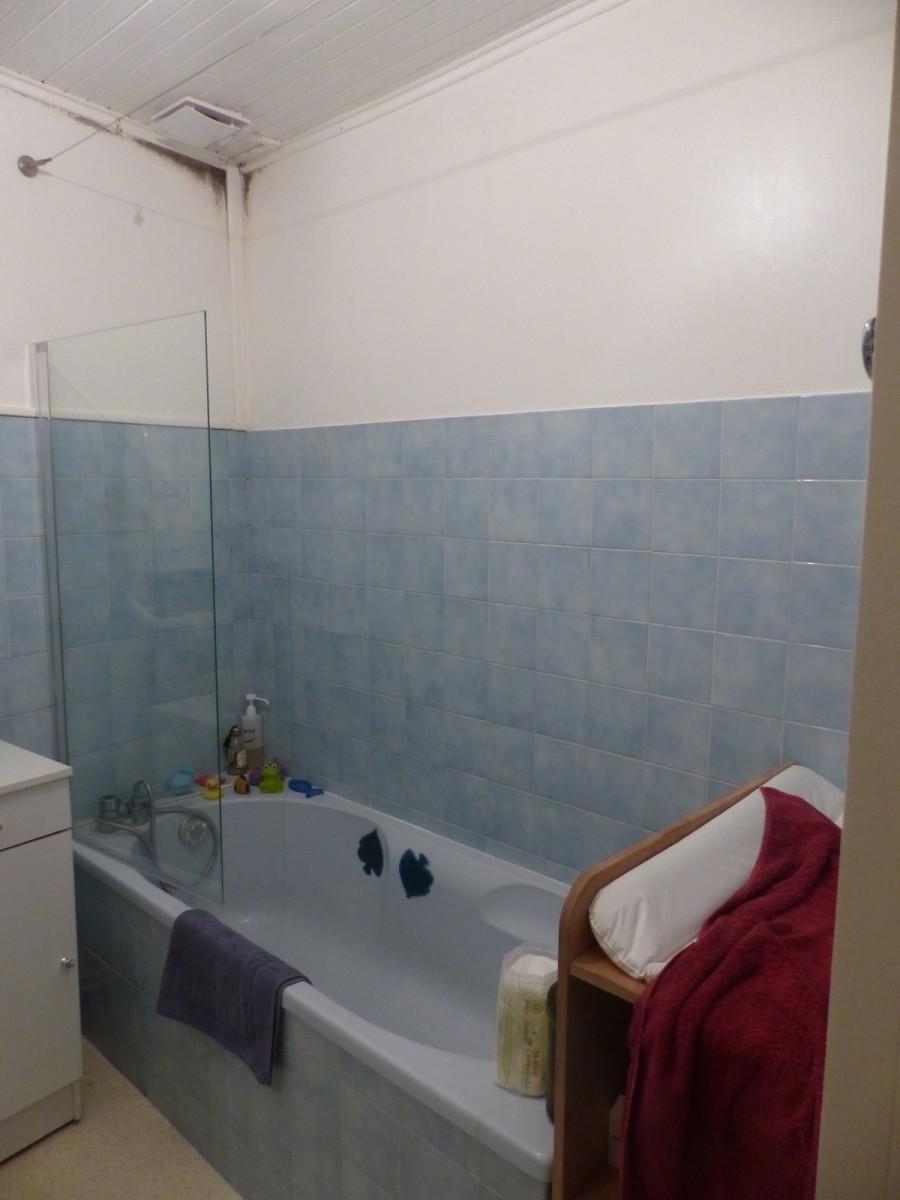Salle de bain en tadelakt dans une ancienne maison ...